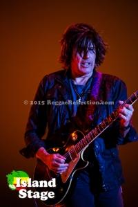 Guitarist Dean DeLeo