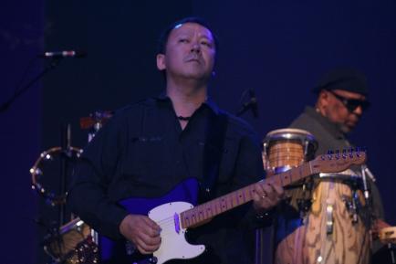 Guitarist Takeshi Akemoto